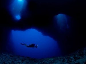 How Far can a Scuba Diver dive? | Your diving limit