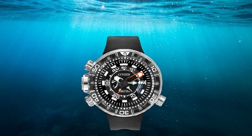 Scuba dive watches with depth gauge